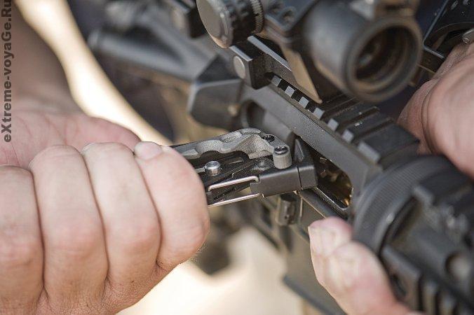 Leatherman Mut применяется для армейского стрелкового оружия