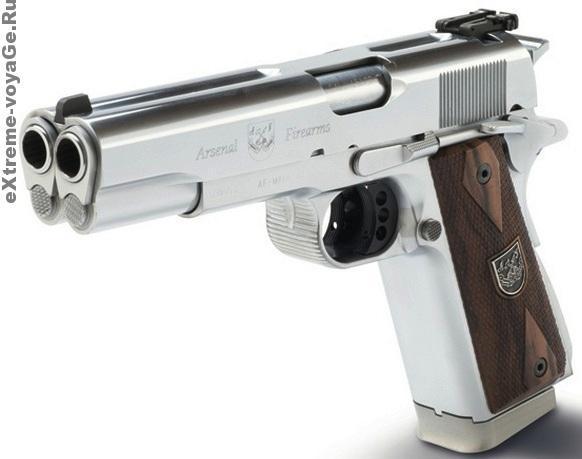Необычное оружие: двуствольный пистолет Colt AF2011-A1