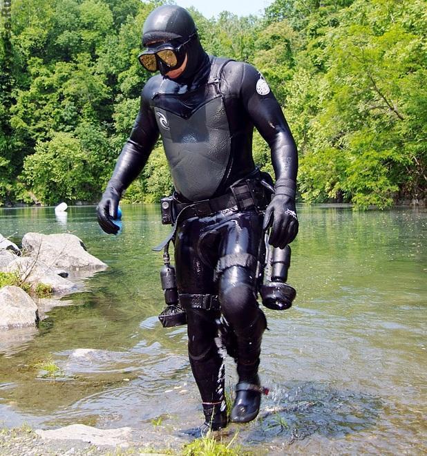 Снаряжение для дайвинга: подводный мини буксировщик Jetboots