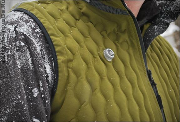 Клапаны на жилете Kinetic Vest