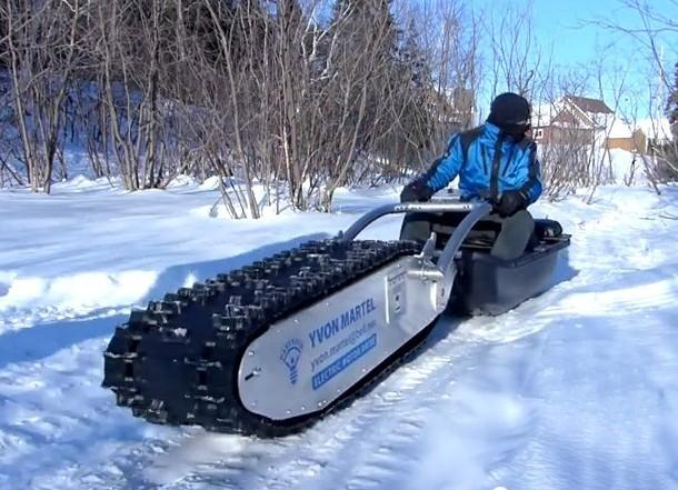 Многоцелевой гусеничный электро-снегоход – вездеход MTT-136