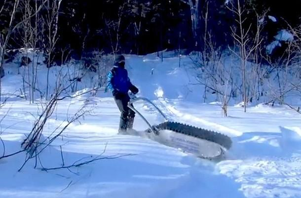 Гусеничный портативный снегоболотоход MTT-136
