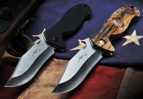 Нож Emerson Patriot и вариант Special Edition с дубовой ручкой