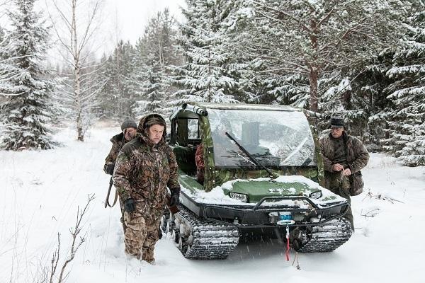 Tinger на зимней охоте