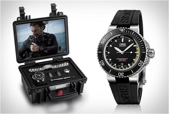 Мужские водонепроницаемые наручные часы Aquis Depth Gauge