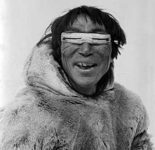 Северные народы научились справляться со снежной слепотой