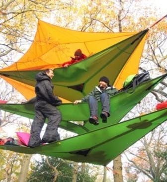 Дом на деревьях: многоэтажная подвесная палатка Vista