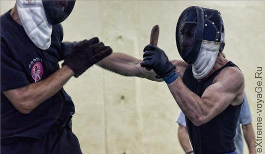 Складной нож для агрессивной обороны Striker Folding