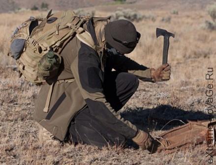 «Самурайская» софтшелл куртка Tracer для походов и выживания