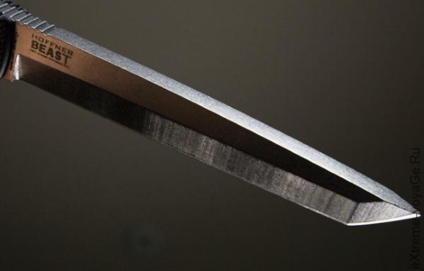 Мощный нож с фиксированным лезвием Hoffner Beast
