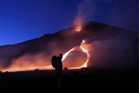 Извержение вулкана Этна в 2011 году