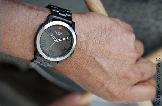Наручные кварцевые часы туриста Nixon Ranger 45