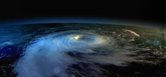 Так выглядит циклон с орбиты