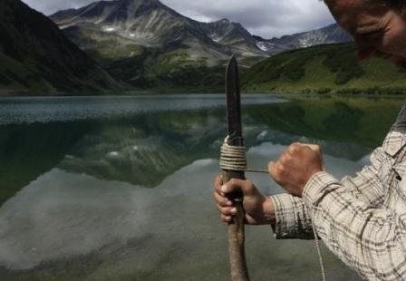 Автономное выживание: 5 способов рыбалки без удочки