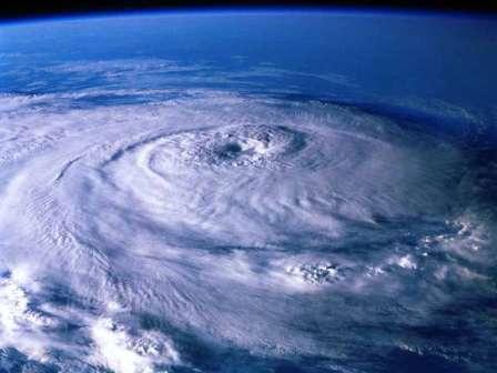 Тропический циклон из космоса