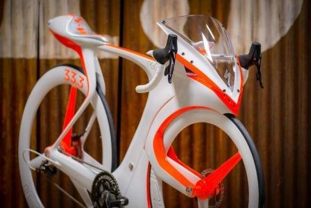 Умный гоночный велосипед fUCI ломает правила