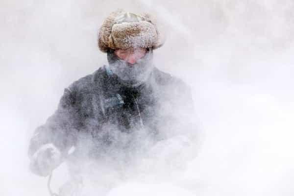 Выживание: как согреться и сохранить тепло без костра