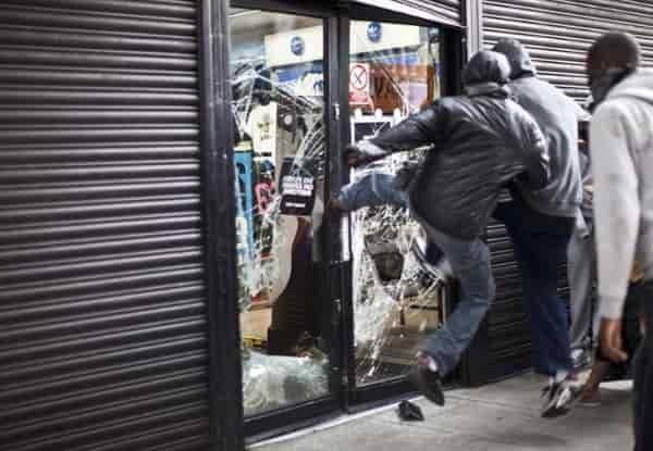 Опасности при посещении магазинов перед Апокалипсисом