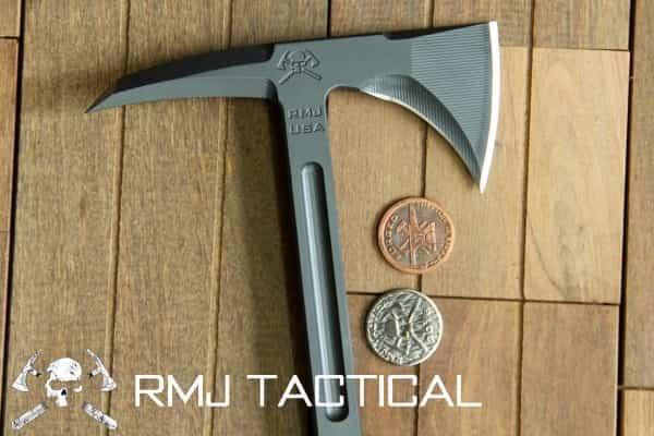 Тактический томагавк RMJ Eagle Talon пробьет бронежилет