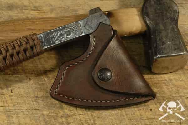 Кованый топор для выживания RMJ Raven от викингов