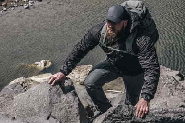 Реверсивная куртка A3 Lochi от систем выживания Beyond
